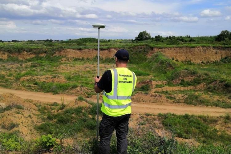В карьерах Крымского района отобраны пробы почвы для проведения агрохимических исследований