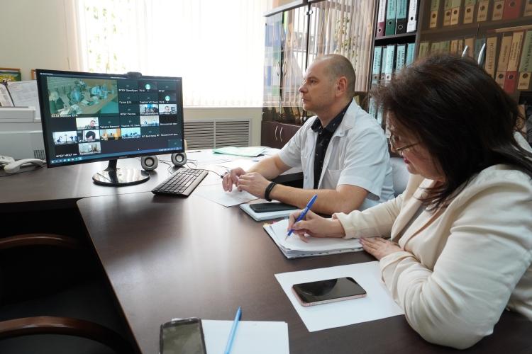 Совещание по теме «Развитие и модернизация российской лабораторной базы» в рамках реализации национального проекта «Международная кооперация и экспорт»